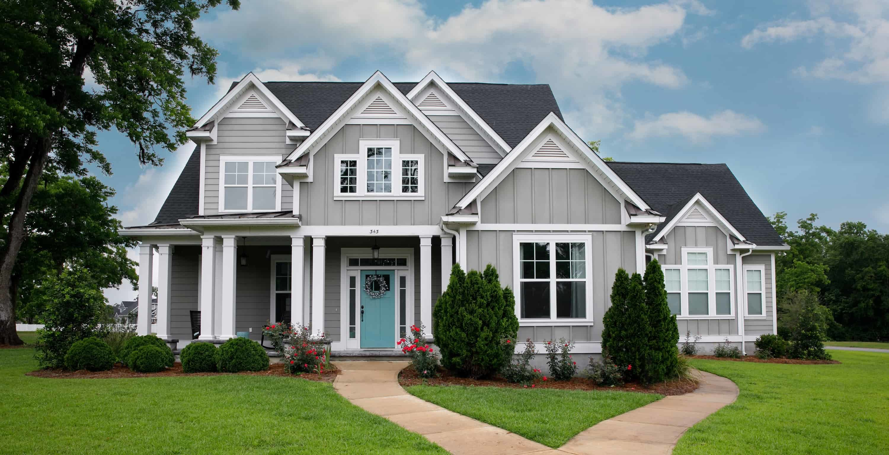 Improve Your Home's Curb Appeal With a Beautiful Roof